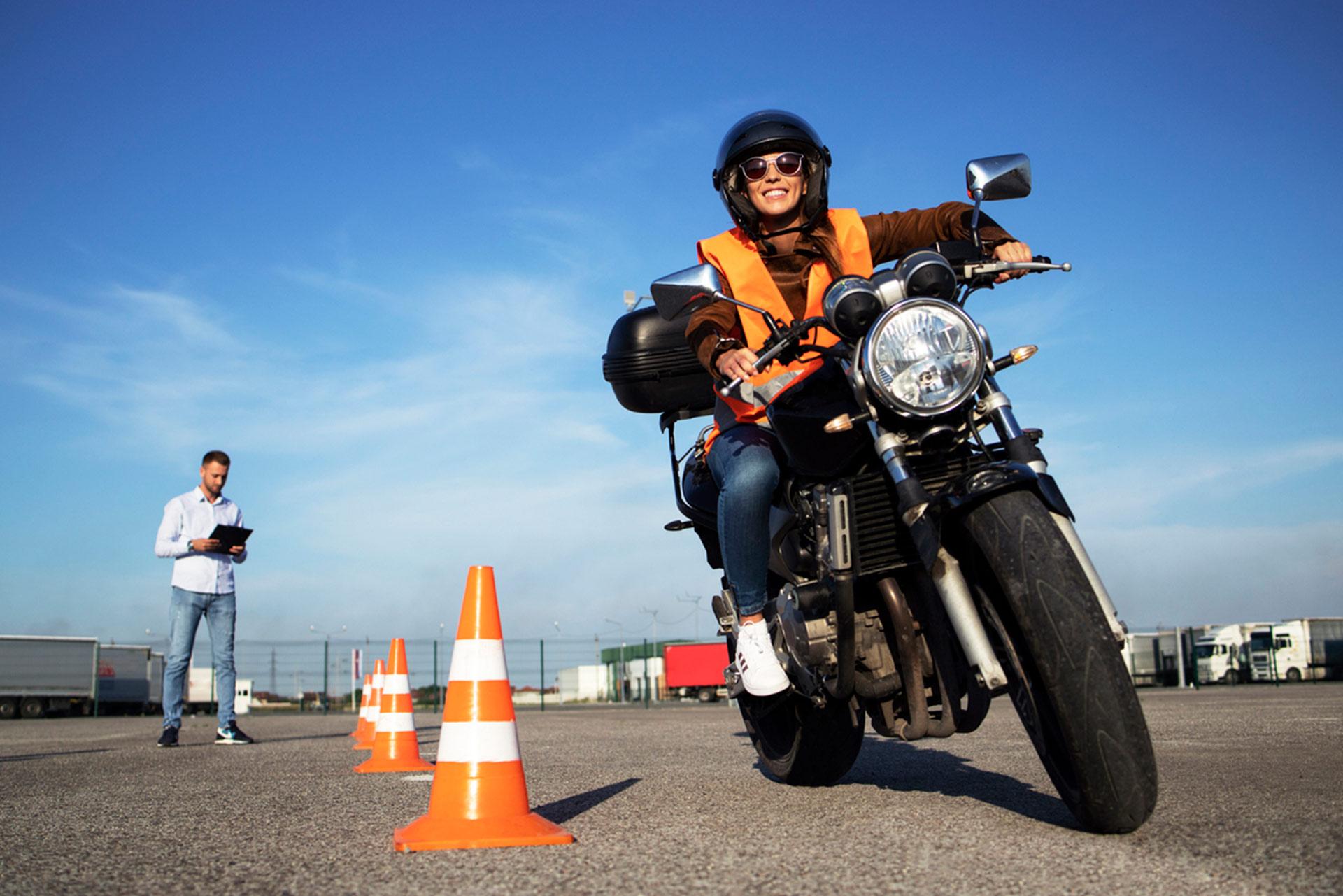 Fahrschule Mike Andrys - Zweirad-Führerschein